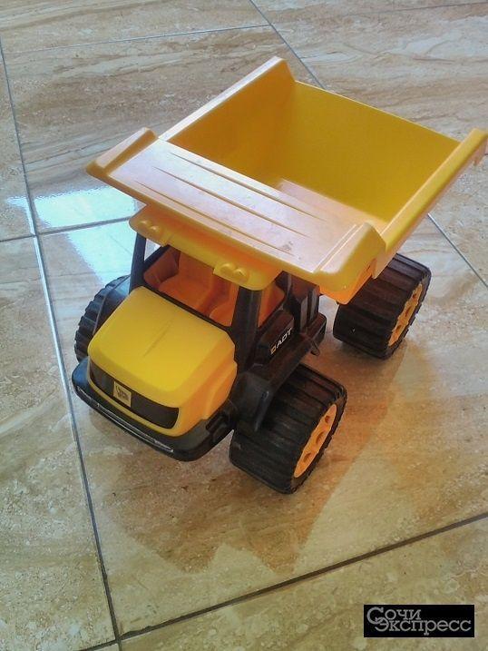 Детские игрушки - Машина