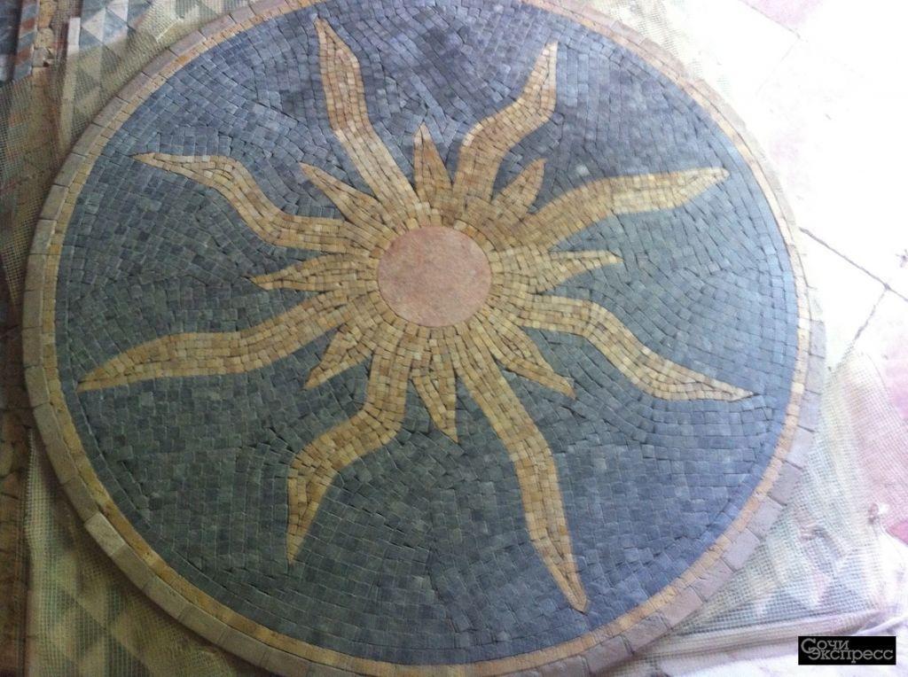 панно мозаичные из травертина и мрамора 1  кв м