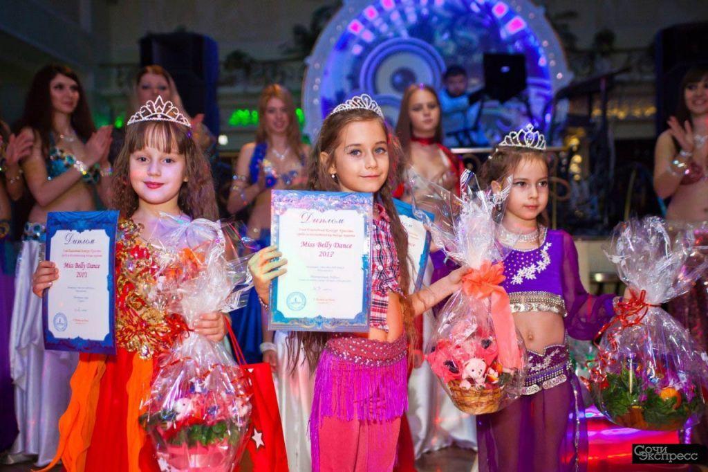Восточные танцы для девочек. Обучение танцам.