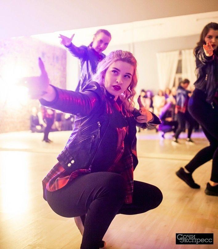 Dancehall. Современные танцы для девушек.