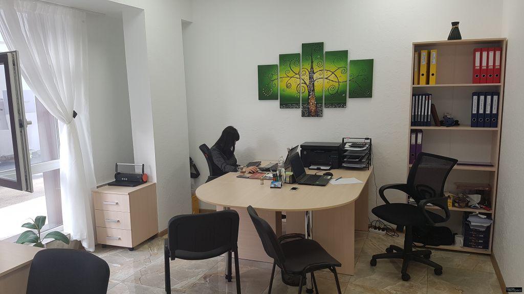 Сдам рабочее место в офисе