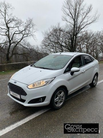 Ford Fiesta 1.6AMT, 2016, седан