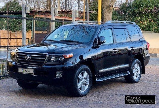 Toyota Land Cruiser 4.5AT, 2014, внедорожник