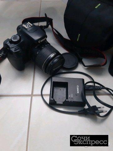 Зеркальный фотоаппарат 1100D
