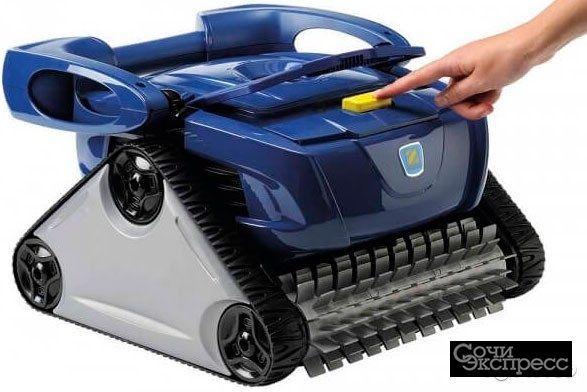 Робот для очистки бассейна