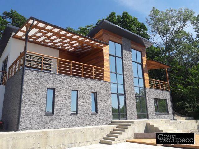 Дом 210 м² на участке 7 сот.
