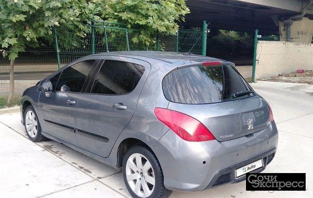 Peugeot 308 1.6AT, 2008, хетчбэк