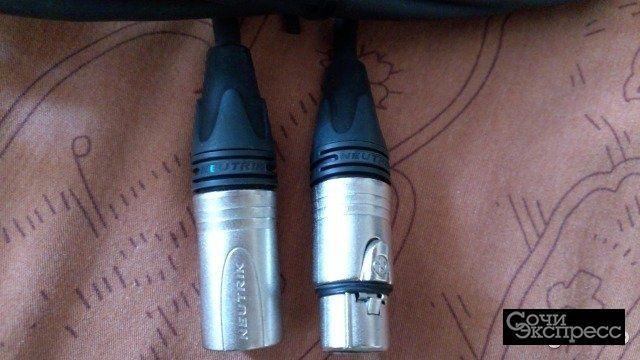 Фирменный микрофонный кабель (10 метров)