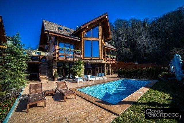 Дом 320 м² на участке 20 сот.