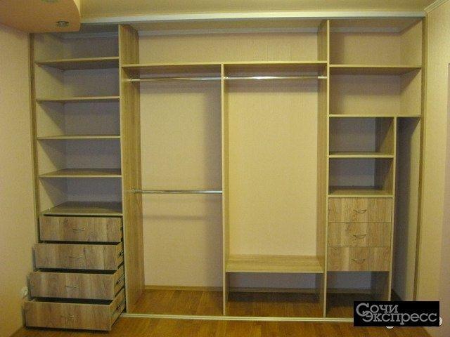 Встроенный шкаф S-2