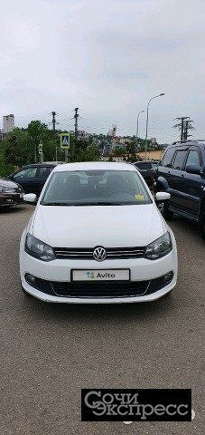 Volkswagen Polo 1.6AT, 2011, седан