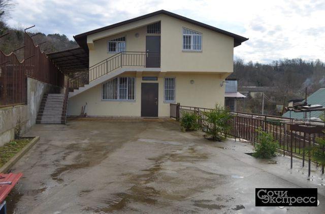 Дом 160 м² на участке 7 сот.