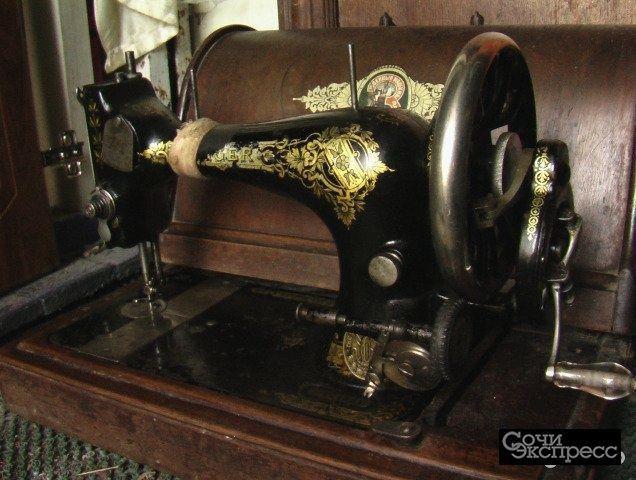 Швейная антикварная машина zinger