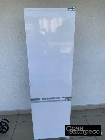 Холодильник Zigmund & Shtain br 03.1771 sx