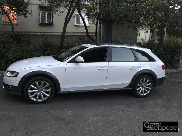 Audi A4 Allroad Quattro 2.0AMT, 2011, универсал