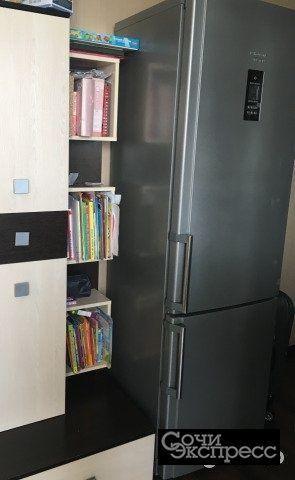 Холодильник «Hotpoint ariston»