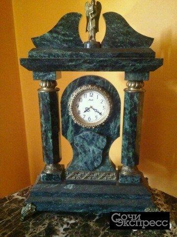 Часы камень, бронза