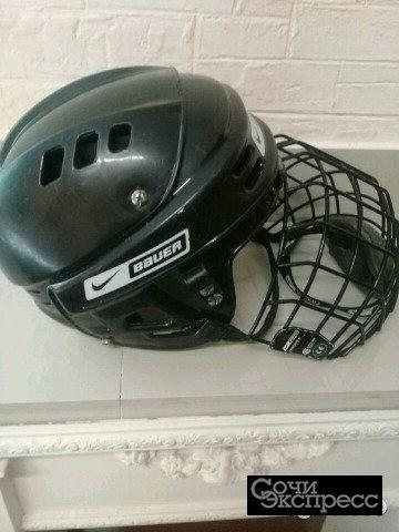 Детский хоккейный шлем с маской б/у