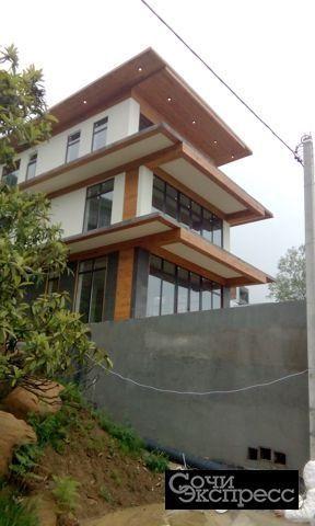 Дом 300 м² на участке 6 сот.