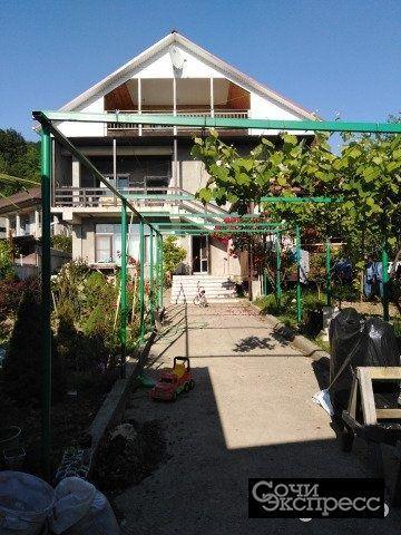 Дом 380 м² на участке 7 сот.