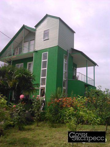 Дом 180 м² на участке 7 сот.
