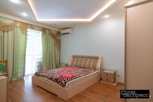 3-к квартира, 126 м², 1/4 эт.