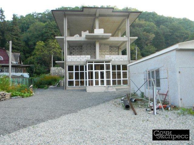 Дом 528 м² на участке 10 сот.