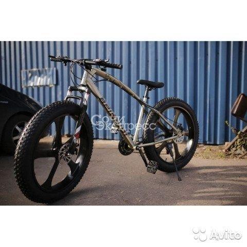 Велосипед на широких колесах фридом