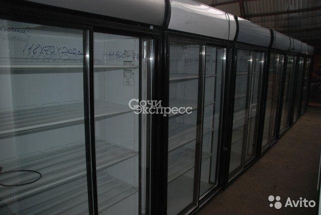 Холодильные шкафы и витрины б/у