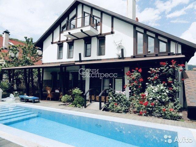 Дом 285 м² на участке 8 сот.
