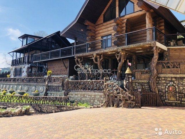 Дом 350 м² на участке 16 сот.