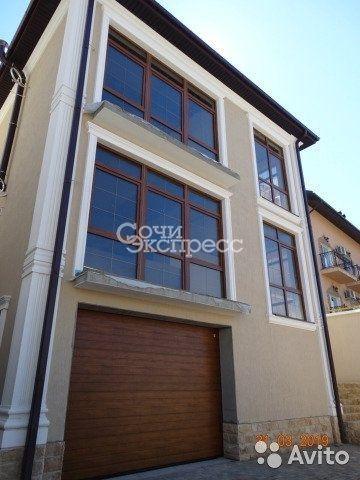 Дом 226 м² на участке 4.5 сот.
