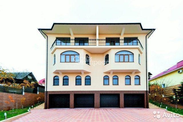 Дом 550 м² на участке 6 сот.