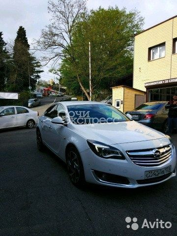 Opel Insignia 2.0AT, 2013, седан