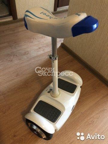 Продаю гироскутер С сиденьем airwheel S6