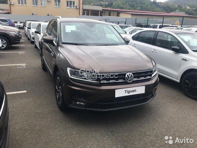 Volkswagen Tiguan 1.4AMT, 2019, внедорожник