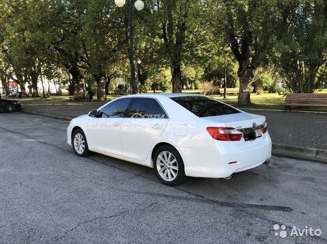 Toyota Camry 3.5AT, 2012, седан